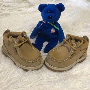 Lugz kids shoes size 5